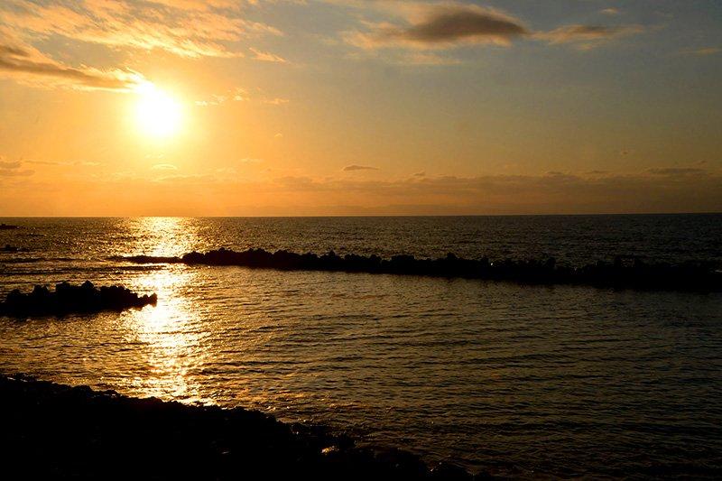 「寄居浜」の夕日