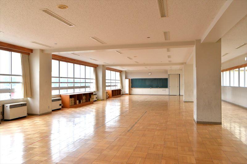 校舎内の様子 多目的ホール