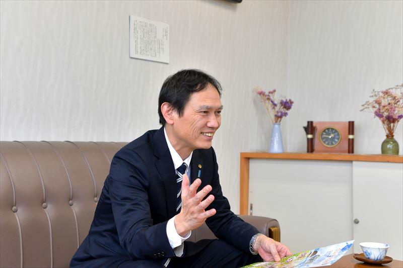 「新潟市立新潟小学校」の愛称は「たんぽぽ学校」